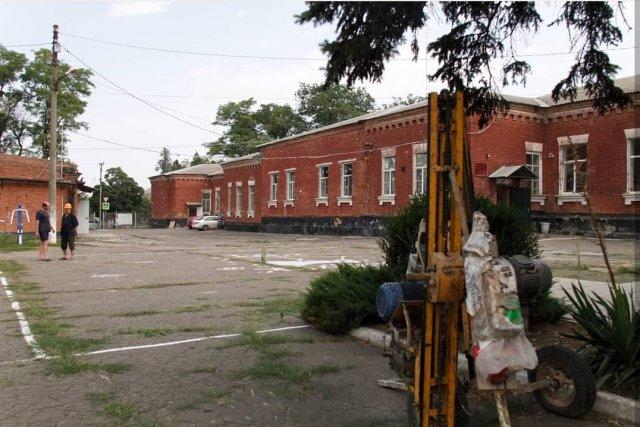 В Азове в школе №3 стартовал капитальный ремонт
