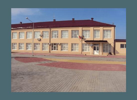 В Азовском районе завершается процесс подготовки школ к новому учебному году.