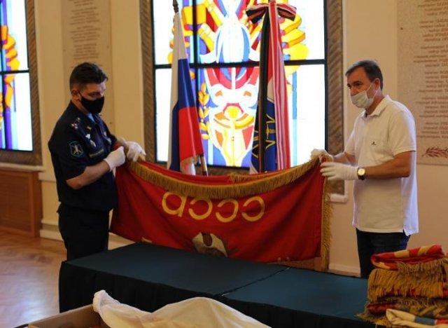 Боевые знамена донских частей Красной армии передадут в музеи