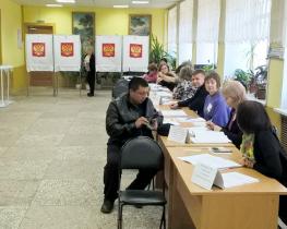 Политолог Аббас Галлямов о предстоящих выборах: «машина по фальсификации ломается»