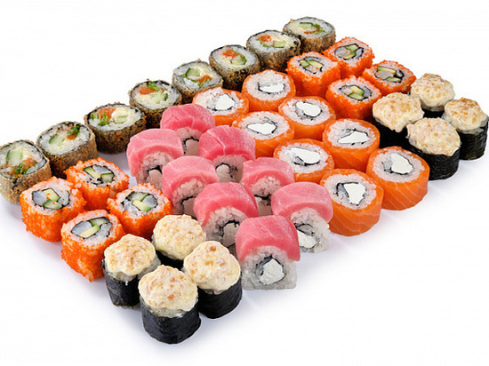 У доставщика суши в Красноярске отобрали заказ на сумму 3 000 рублей
