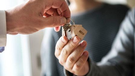 31 августа завершается приём заявлений на выдачу жилищных сертификатов детям-сиротам