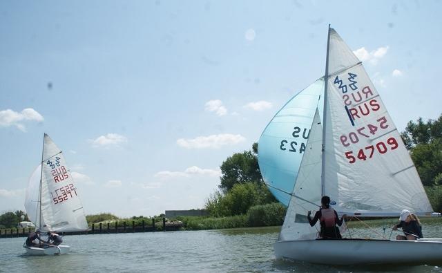 Новые яхты помогли воспитанникам азовской спортшколы стать лидерами регаты