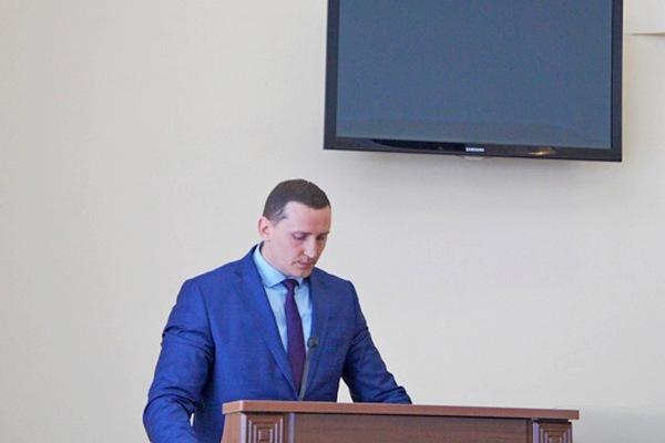 Николая Юхнова, заместителя главы администрации Азова, приговорили к 4 годам общего режима