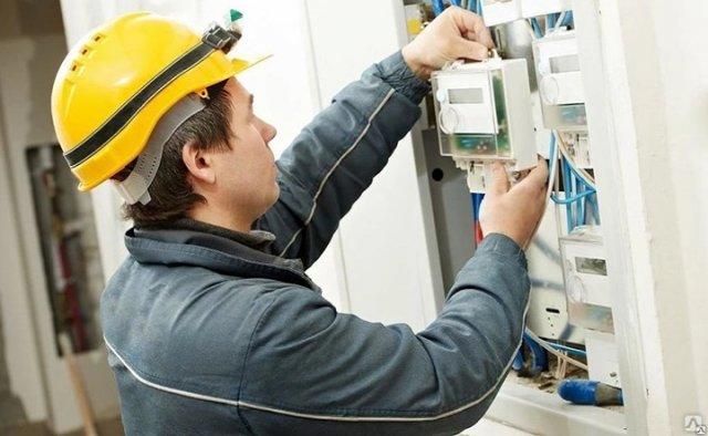 В Ростовской области начали бесплатно заменять электросчётчики в многоквартирных домах