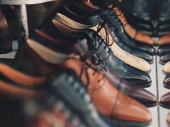 Роспотребнадзор изъял поддельной обуви на сумму 808 тысяч рублей в Красноярске