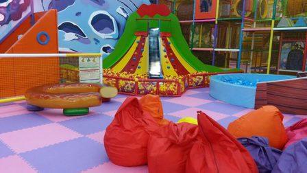В Красноярском крае разрешили работать детским аттракционам и аквапаркам
