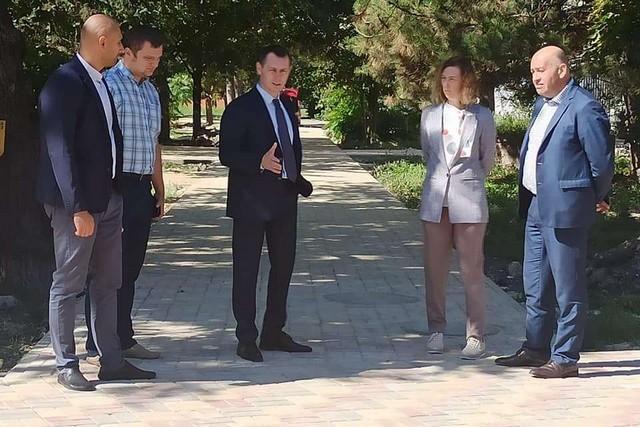 В Азове три объекта инициативного бюджетирования готовы к приемке