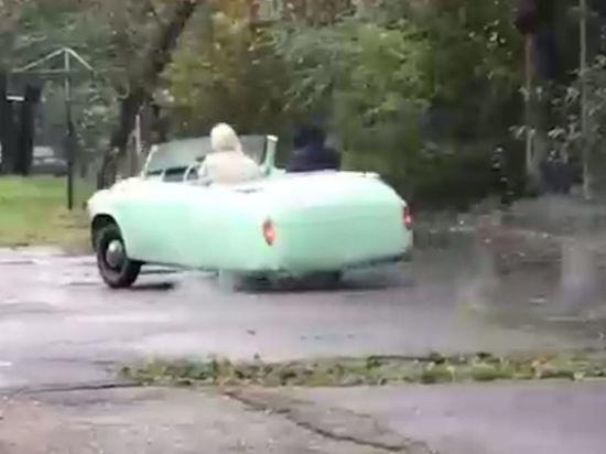 Умельцы скрестили «Запорожец» с «Таврией» в Красноярске и получили трицикл