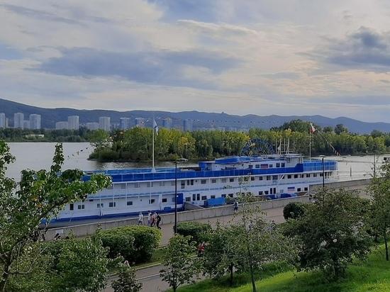 Массовый парад на сап-досках в Красноярске планируют занести в Книгу рекордов России