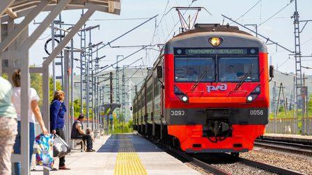 В Красноярском крае молодой мужчина попал под поезд