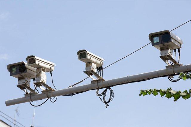 ГИБДД отказалась от штрафов водителей с помощью парных камер