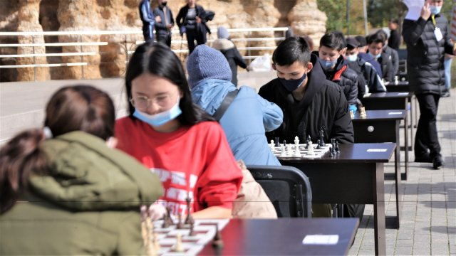 Итоги городского турнира по шахматам среди молодежи подвели в Нур-Султане