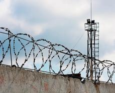 Житель Азова дважды продал квартиру в недостроенном доме