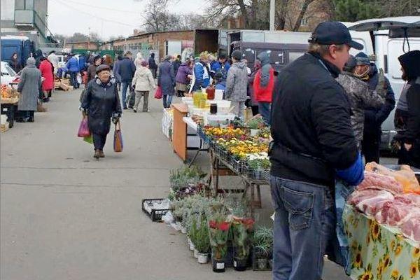 В Азове очередной день выездной торговли пройдёт в субботу, 2 октября.