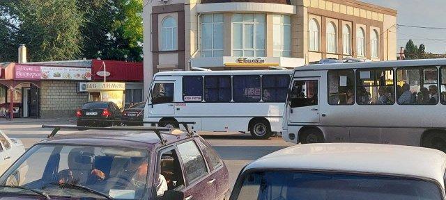 С 1 октября поездка Азов - Ростов обойдётся в 100 рублей
