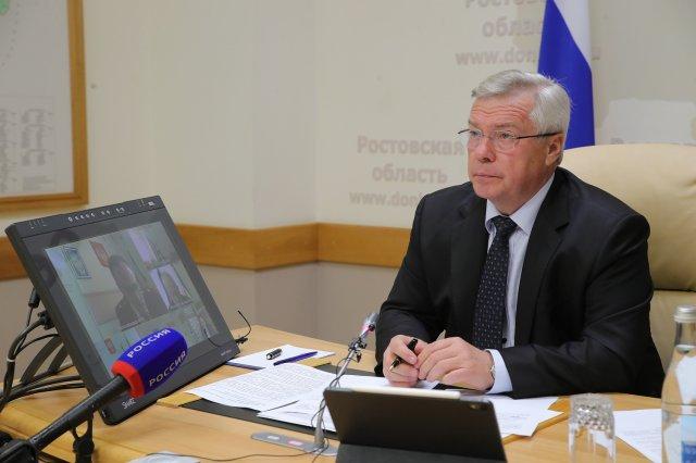 Василий Голубев поручил изучить предложения по ужесточению санитарных ограничений в донском регионе