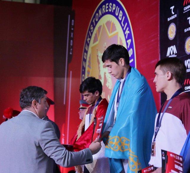 Столичный спортсмен стал чемпионом Центральной Азии по смешанным единоборствам